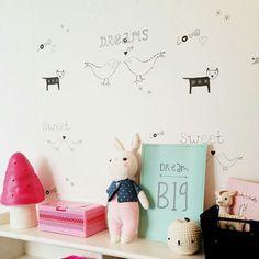 Mooie foto van Esther! Dream big in de kleur mint, leuk op de kinderkamer! Te koop via www.studio-catootje.nl.