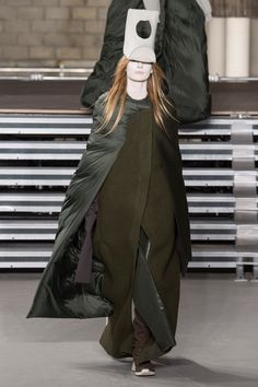 Rick Owens Fall 2017 Ready-to-Wear Fashion Show Collection
