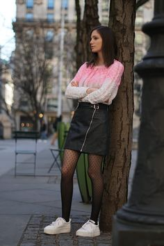 Stockings Outfit, Pantyhose Outfits, Stockings Lingerie, Tights Outfit, Pantyhose Heels, Nylons, Curvy Girl Outfits, Casual Outfits, Skater Skirt Outfit