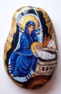 "Gallery.ru / Фото #40 - ""Мозаичные"" камни - Triss Pebble Painting, Stone Painting, Diy Painting, Painting On Wood, Rock Painting, Stone Crafts, Rock Crafts, Painted Rocks Craft, Painted Stones"