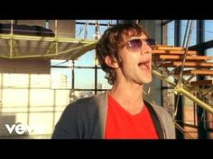 The Verve - Lucky Man - YouTube