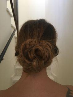 Recojido de flamenca Dreadlocks, Hair Styles, Beauty, Flamingo, Hair Plait Styles, Hair Makeup, Hairdos, Haircut Styles, Dreads