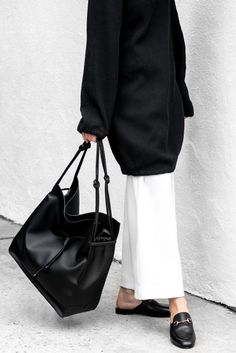 Ways To Stay Casual or Cool Ideas to Improve Your Style Monochrome Fashion, Minimal Fashion, White Fashion, Work Fashion, Winter Typ, Autumn Fashion 2018, Look Cool, Dress To Impress, Casual Outfits