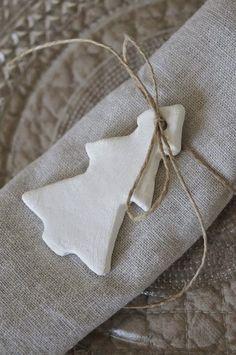 salt dough or polymer ornaments as napkin rings Christmas Napkin Rings, Christmas Napkins, Christmas Wrapping, Diy Napkin Rings, Winter Christmas, All Things Christmas, Christmas Holidays, Christmas Crafts, Christmas Decorations
