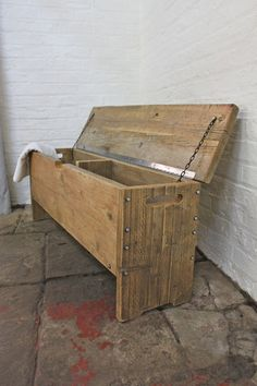 Reclaimed Scaffolding Board Storage Bench - Its salvaged vintage industrial design works perfectly in a sophisticated, casual living space. This Storage Bench can be made to measure to your own specifications. Reclaimed Furniture, Pallet Furniture, Furniture Storage, Bedroom Storage, Made To Measure Furniture, Cama Box, Scaffold Boards, Box Bed, Creation Deco
