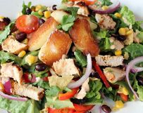 Grilled Chicken Taco Salad with Seared Cheese Curds ~ Would Use Pinto Beans Instead of Black Beans Wisconsin Cheese Curds, Salads Up, Healthy Salads, Grilled Chicken Tacos, Taco Salad Recipes, Yummy Snacks, Chicken Recipes, Cheese Recipes, Stuffed Peppers