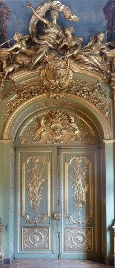 The ultimate Come-Hither Door