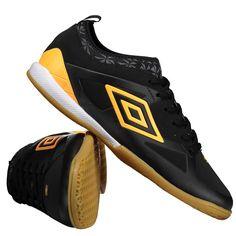 ff1720ae96 Chuteira Umbro Velocita III Club Futsal Preta Somente na FutFanatics você compra  agora Chuteira Umbro Velocita