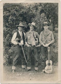 Rock`n Roll,Blues,Country and Americana Vintage Photographs, Vintage Photos, Steampunk, Mountain Music, Best Guitar Players, Cute Outfits With Jeans, Historical Photos, Country Music, Old Photos