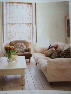 lace glow and absolutely love the coffee table.