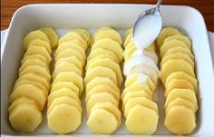Hot Dog Buns, Hot Dogs, Veggies, Food And Drink, Bread, Cheese, Recipes, Decor, Vegetable Recipes