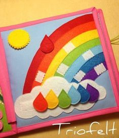 Diy Quiet Books, Baby Quiet Book, Felt Books, Felt Crafts, Fabric Crafts, Rainbow Pages, Diy Bebe, Winter Crafts For Kids, Busy Book