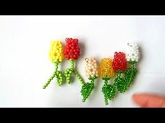How to bead plant acceceroy: rose Seed Bead Patterns, Beaded Jewelry Patterns, Beading Patterns, Beaded Crafts, Beaded Ornaments, Beading Projects, Beading Tutorials, Peyote Beading, Beads And Wire