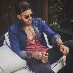 Probably what I'll look like in 5 years haha Hair Trends 2015, Mens Hair Trends, Billy Huxley, Mode Swag, Bad Boy Style, Look Fashion, Mens Fashion, Brooklyn Style, Sexy Beard