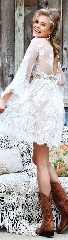Simple Country Style Wedding Dresses With Boots Trends. Simple Country Style Wedding Dresses With Boots Trends. Simple Country Style Wedding Dresses With Boots Trends. Country Style Wedding Dresses, New Wedding Dresses, Wedding Country, Country Dresses, Country Outfits, Pretty Dresses, Beautiful Dresses, Mode Boho, Estilo Fashion
