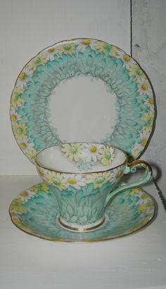 VINTAGE CHINTZ Trio Cup Saucer Aynsley China Daisy Petals 1930s Art Deco English