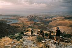 Bashur (Southern Kurdistan). 1974. Peshmerga taking up their positions near Lake Dukan (in the background) against Iraqi troops. It is located close to the city of Ranya, and is a reservoir on the Little Zab created by the construction of the Dukan Dam.  Photograph: Bruno Barbey/Magnum Photos