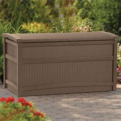 Protect patio cushions and other outdoor accessories with this durable Deck Box from Suncast. The arched lid is designed to repel rainwater, helping to keep contents safe and dry when not in use. Plus, the long-lasting resin construction ensures your deck