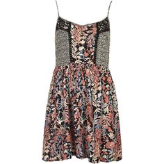 TOPSHOP Mixed Print Sundress by Band of Gypsies (190 BRL) ❤ liked on Polyvore featuring dresses, vestidos, topshop, lavender, sundress dresses, light purple dress, lavender sundress, lavender dress and print sundress