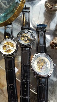 Skelett Watch Formaflori Vintage Watches, Skeleton, Germany, Leather, Accessories, Antique Watches, Deutsch, Skeletons