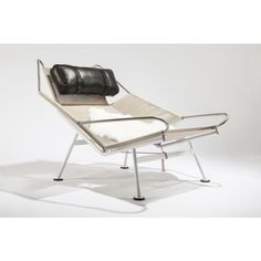 PP225 The Flag Halyard Chair- Halyard and Black Leather Cushion 1