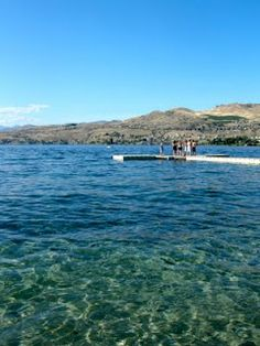 I literally know EXACTLY where this is. In Chelan. I have been to that side of the lake, that's where our cabin is.