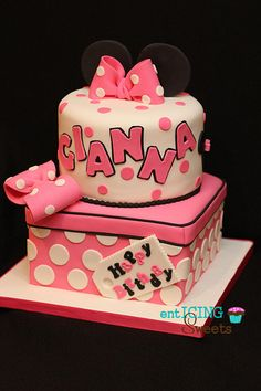 Minnie Mouse Birthday Cake   Flickr - Photo Sharing!