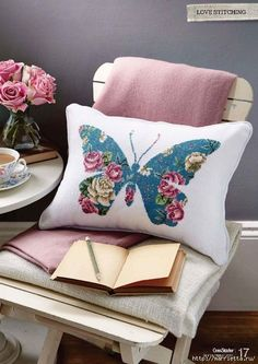 Moje Hand Made – this looks like needlepoint, but why not use a chintz fabric and appliqué the shape? Moje Hand Made – this looks like needlepoint, but why not use a chintz fabric and appliqué the shape? Applique Cushions, Sewing Pillows, Diy Pillows, Decorative Pillows, Throw Pillows, Butterfly Cushion, Unicorn Cushion, Chintz Fabric, Diy Pillow Covers