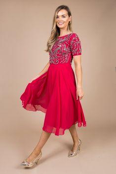 Knee Length Dresses, Short Sleeve Dresses, Dresses To Wear To A Wedding, Chiffon Fabric, Chic Outfits, Skater Dress, Luxury Fashion, Feminine, Glamour