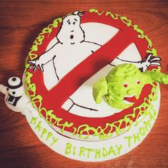 Ghostbusters cake Ghostbusters Cake, Kokos Cupcakes, Birthday Cake, Desserts, Food, Tailgate Desserts, Deserts, Birthday Cakes, Essen
