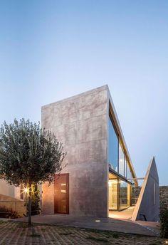Residence in Kallitechnoupolis / Tense Architecture Network