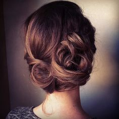 whimsical wedding practice for Michelle... #bumbleandbumble #spraydemode #hairbyme @dbsuttonco