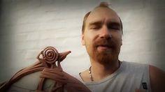 Абстрактная скульптура: Мельница. Эта скульптура представляет абстрактный образ дороги по которой стоит фантастическая мельница, изображение ветра с тыльной стороны. Скульптура сейчас находиться в пластилине, по центру внутри композиции будет находиться камень. По-моему получилось отлично! Музыку к видео написал мой брат Митя. Пишите комментарии, буду рад выслушать предложения или идеи. С уважением. Мои роботы можно посмотреть на моем сайте вот ссылка http://maslart.com/