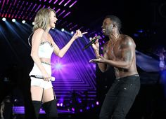 Taylor and special guest Jason Derulo performed Want To Want Me at the 1989 World Tour in DC night two! 7.14.15
