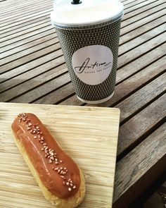 2016 • 138 • Sunday coffee at South Lane •  with my favour salted caramel eclair • rich filling • yummy • Thank you • Good choice  indeed• @artisanroomhk #charliehoppy #sundaycoffee #chill #coffee #eclair #hkfood #hkfoodie #foodporn #foodie #hkig #yum #yummy #saltedcaramel #thankful #joy #life #lifestyle #lifeisgood #lifestylebloggers #lifestyleblogger #instagood #instalife #photography #photo #wishyouwerehere #coffeetime