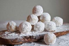 Pure-Ella-Amaretto-Snowballs