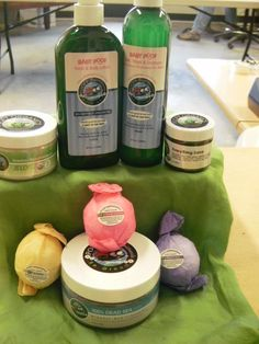 Poofy Organics by Jess - Gift Basket (HMN Auction - eBay - 10/4/15-10/11/15)