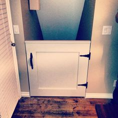 Diy baby gate for stairs ideas half doors 38 Ideas for 2019 Diy Dog Gate, Diy Baby Gate, Pet Gate, Baby Gates, Dog Gates, Baby Gate For Stairs, Stair Gate, Dog Stairs, Front Stairs