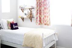 15 Adorable Girl's Room Ideas   ( like the shelves)