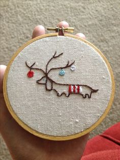 """""""Max from the Grinch"""" Christmas embroidery hoop"""