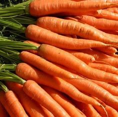 Carrots have many health benefits and are very high in nutritional value---1 large carrot (100gm)contains-----    Vitamin A --93%  Vitamin C --12%  Vitamin D   Vitamin E   Vitamin K   9.4 mcg  Thiamin --3%  Riboflavin --3%  Niacin --8%  Vitamin B6 --8%  Folate--5%    A natural way to build immunity against colds, flu, germs, and infections is to drink carrot juice on a regular basis. The combination of vitamins A , C and silicon found in carrots also helps promote good eyesight.