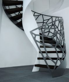 Modern Organic Staircase Designed by Eestairs