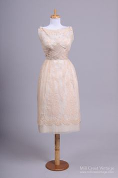 1950 Lace Silk Vintage Wedding Dress