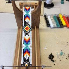 Native Beading Patterns, Seed Bead Patterns, Beaded Bracelet Patterns, Indian Beadwork, Native American Beadwork, Native Beadwork, Beaded Hat Bands, Beaded Belts, Bead Loom Designs