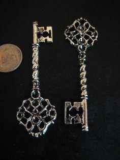 Keys & Locks: Victorian Giant Skeleton #Key Pendants/Charms.