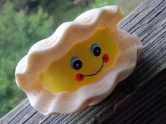 vintage SQUEAK TOY  happy clam cir 1960 by ReallyRadicalRetro, $3.00