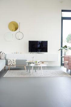 I love this brilliant oak wood flooring Interior Design Living Room Warm, Home Interior Design, Grey Flooring, Vinyl Flooring, Muebles Living, Living Room Flooring, Living Room Colors, Room Decor, House Design