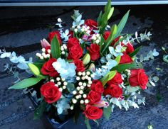 Sovereign Hypericum Avanti makes a splash in Bouquets!
