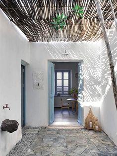 Milos House by K-Studio | est living