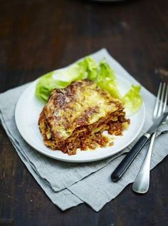 Jamie's classic family lasagne Vegan: substitute meat for lentils and mushrooms & cheese for nut based cheese